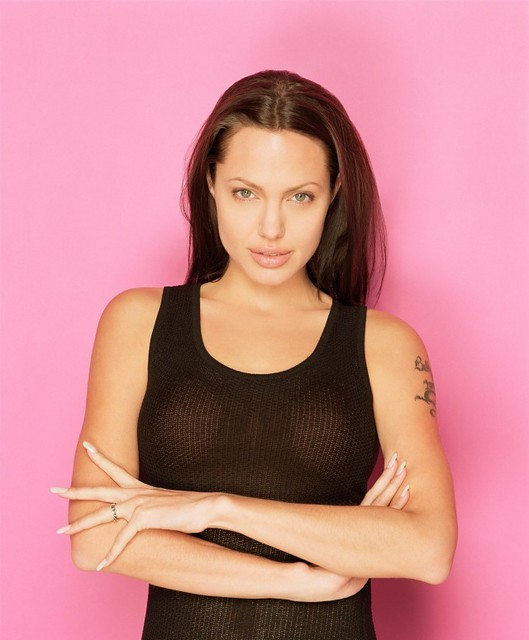 Angelina Jolie (17) by Dexter_Greycells