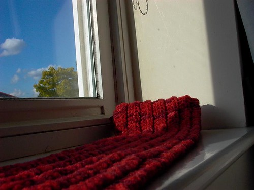 one row scarf - basking in late evening sun2