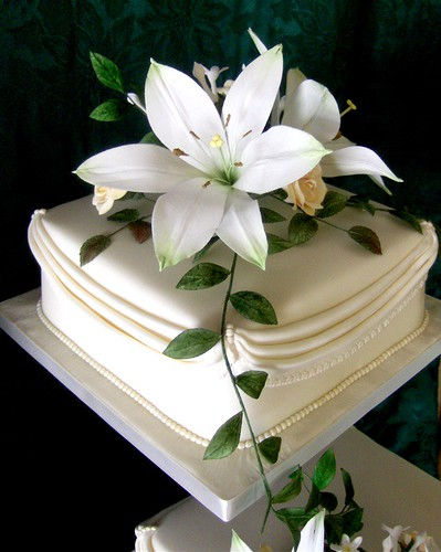 Perfect Square White Wedding Cakes