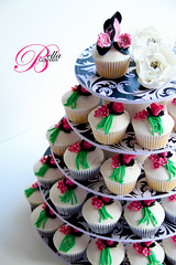 Shoes and Roses! (Bella Cupcakes (Vanessa Iti)) Tags: birthday roses highheels cupcaketower bellacupcakes