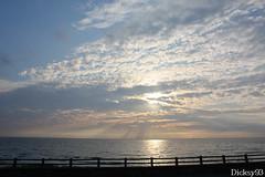 Plage d'Ambleteuse (Dicksy93) Tags: sunset sea sky cloud mer france water canon de eos soleil eau europe outdoor coucher playa paisaje cte ciel nuage paysage landschaft extrieur plage 62 paesaggio nord landschap pasdecalais ambleteuse dopale 450d dicksy93