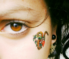 brrrrrrrrr (belnciaga) Tags: eye apple tattoo hair manzana blackhair tatuaje earing aro