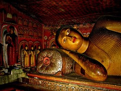 Reclining Buddha (Z Eduardo...) Tags: travel light colors asia buddha unesco worldheritagesite cave srilanka wallpainting dambulla blueribbonwinner colorphotoaward aplusphoto travelerphotos popsgallery