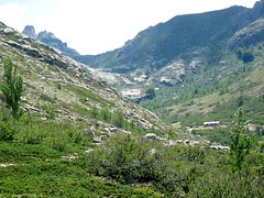 Le refuge de Manganu vu du GR20 vers Bocca di Acqua Ciarnente