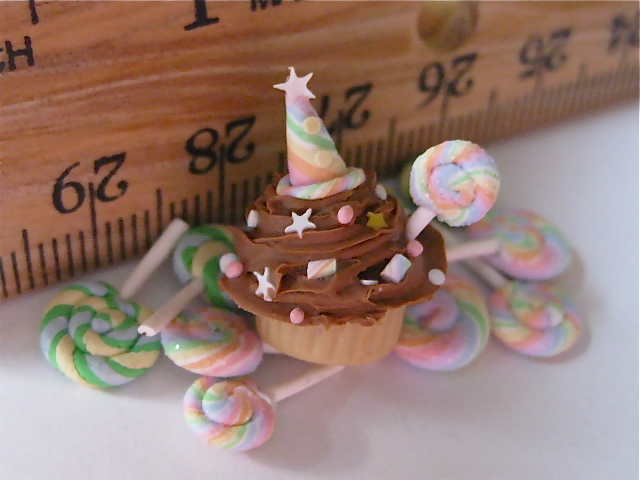 ~*CELEBRATE!*~ Cupcake 100% Polymer Clay by Amber Dawn