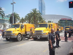LAPD and LABSM keep the streets clean (LA Wad) Tags: california sports basketball sport losangeles police sterling elgin southerncalifornia nba lakers summersolstice streetsweeper staplescenter lapd downtownlosangeles losangelescounty losangeleslakers losangelespolicedepartment sports1 lakerparade labsm june212010 2010nbachampions bureauofstreetmaintenance