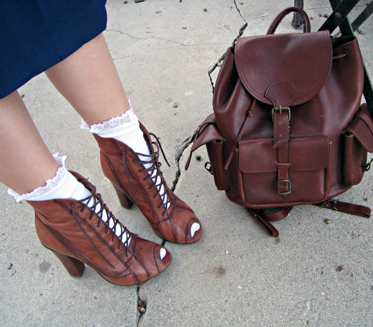 lace up granny boots+ruffle socks+vintage leather backpack
