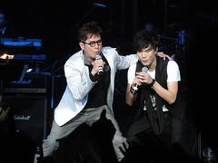 DSC01327 (JasperYue) Tags: music concert mr taichi 2011 alantam 譚詠麟 joeltang 太極樂隊