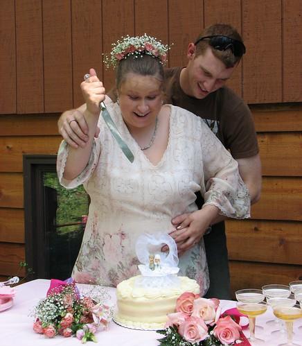 Cake stabber