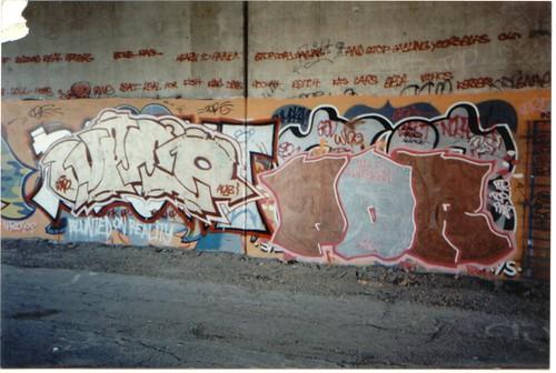 Wino & Por graffiti