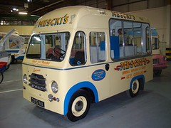 TV0249-Museum of Museums-8-9-10 (day 192) Tags: manchester van icecreamvan transportmuseum traffordpark trafordcentre classictransport classiccommercial museumofmuseums whitbymorrison