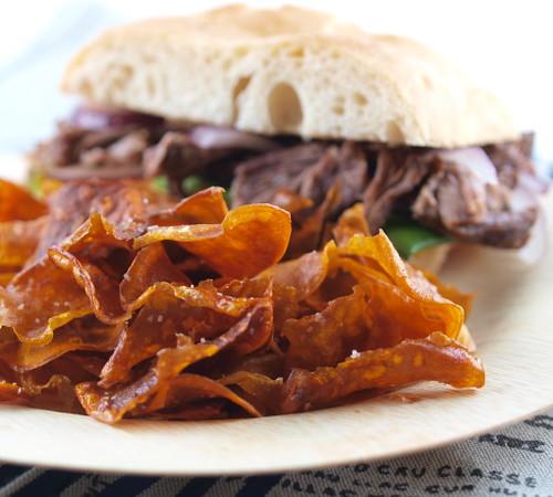 Short Bib Sandwiches with Garlic Mayo