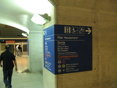 Pole Haussmann RER Station wayfinding (brunoboris) Tags: paris underground subway metro elevator escalator stairway commuterrail wayfinding rer rerstation polehaussmann