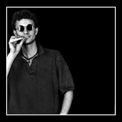 Cristian copia (Jose Luis Durante Molina) Tags: portrait people bw man persona gente tmax retrato christian bronica join peta gafas chico rizos hombre homme joven porro película petardo cuadrada formatomedio coolestphotographers joseluisdurante