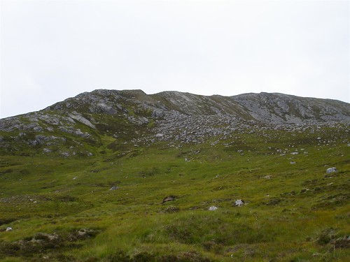 Towards Carn Ghluasaid