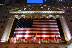 New York Stock Exchange Evening (Matt_Daniels) Tags: newyork wallstreet stockexchange nyse anawesomeshot d40x