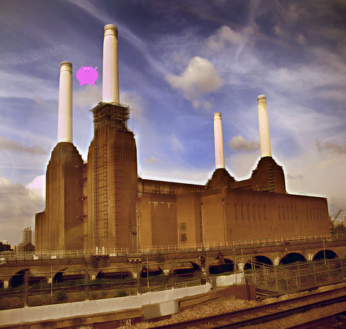 animals -pink floyd album cover (revisited)