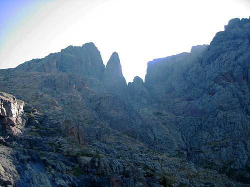 Depuis l'Andatone : Capu Rossu et couloir vers Bocca a Rossu