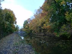 Waterford, New York (Dougtone) Tags: bridge autumn house newyork tree fall leaves boat saratoga upstate foliage tugboat hudsonriver waterford eriecanal capitalregion mohawkriver champlaincanal 103110