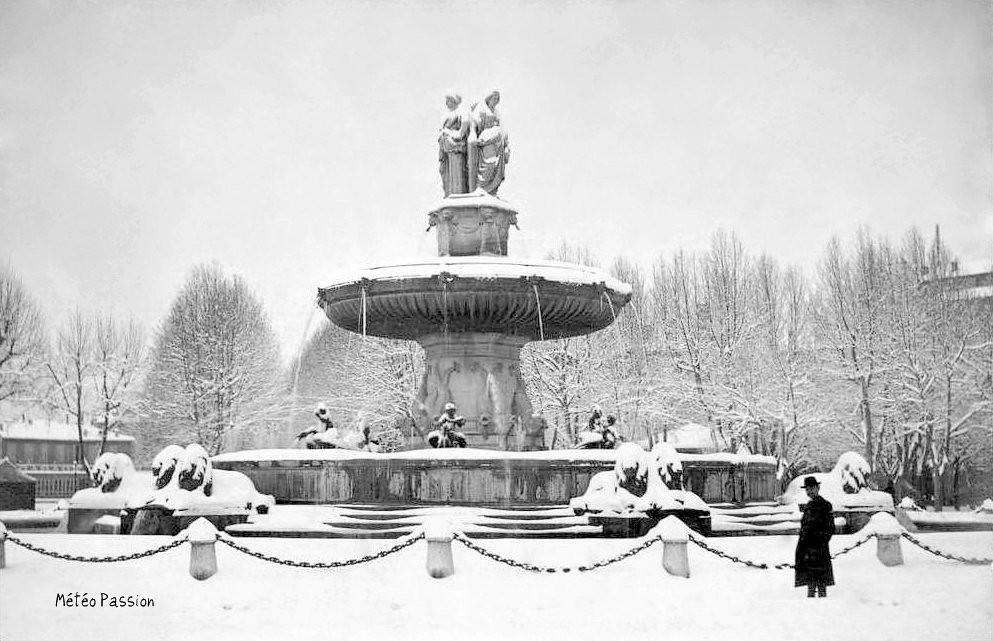 fontaine sous la neige à Aix en Provence en janvier 1914