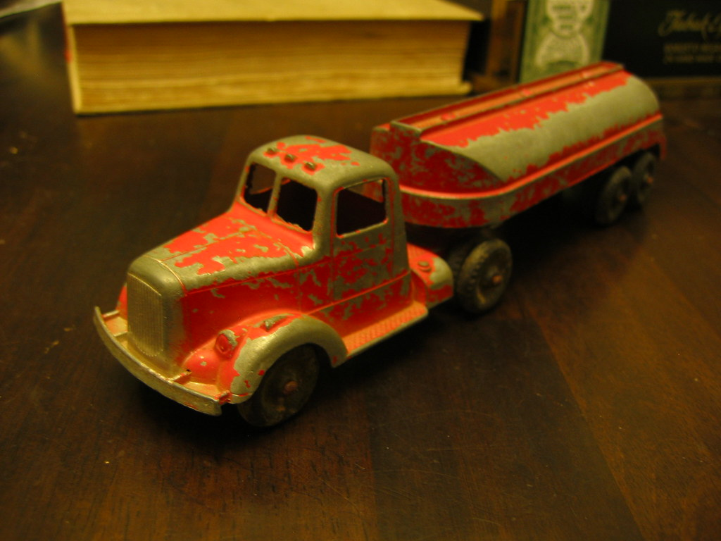 Tootsie Toy Truck, all metal body w/ rubber tires