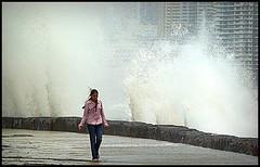 Splash Walk (SandeepRathod) Tags: india sony splash mumbai dsc worli h9 seaface
