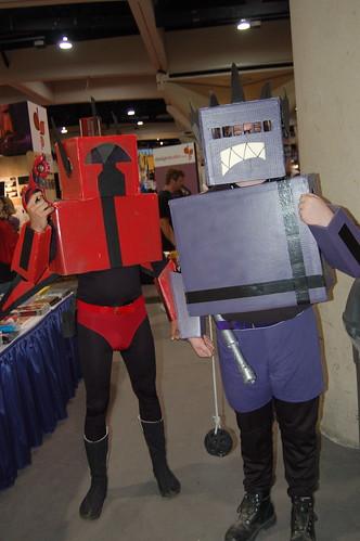 Comic Con 2007: Box Robots