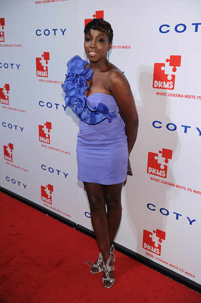 Estelle at the DKMS Linked Against Leukemia Gala by dkmsamericas