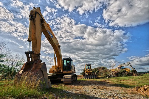 Construction-Equipment-flickr