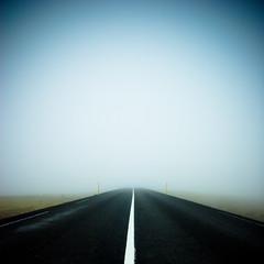 ...inn  vissuna (_Robbi) Tags: fog iceland sland robbi holtavruheii oka staight superaplus aplusphoto