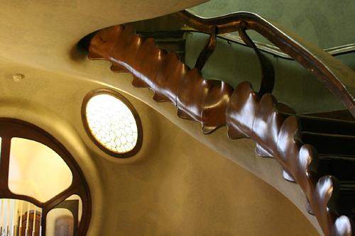 casa batlló: stairway