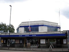 Picture of Ealing Common Station