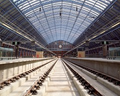 Perspective shot of the Barlow shed (EurostarForTomorrow) Tags: uk london station eurostar perspective railway rails stpancras barlow stpancrasstation williamhenrybarlow barlowshed