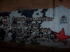 GORA ETA!!! (freemove) Tags: libertad graffiti murales lucha euskalherria euskadi eta paisvasco guerrilla independencia euzkadi