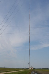 Second Highest Tower in the World - KVLY-TV Mast, Channel 11 transmitter tower in Traill County, North Dakota no. 4562 (Eric E Johnson) Tags: usa tower broadcast television radio fcc tv media engineering structure communication broadcasting northdakota nd mast fargo antenna transmission communications blanchard rf telecommunication transmitter vhf frequency broadcaster grandforks telecommunications transmitting guyedmast traill kvly eej traillcounty konomark kvlytv 1046244