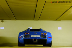 Veyron Centenaire (Julien Rubicondo Photography - julienrubicondo.com) Tags: california slr cars photography mercedes benz julien dubai noir uae 360 s ferrari montecarlo monaco mc arab mclaren f coche porsche enzo carlo monte audi bugatti sang rs supercar pur zonda qatar centenaire veyron 430 f40 f50 996 gt3 997 pagani photographe fxx panamera supecars rubicondo julienrubicondocom