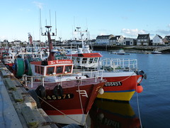 Guilvinec, Bretagne, Brittany Harbour in France (Phil Nistre) Tags: blue sea mer france water port brittany harbour bretagne fishingboat trawler guivinec buoyant