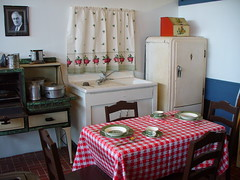 1940's Kitchen (Harpo42) Tags: kitchen dinner table sink air 1940 nj stove jersey capemay wildwood naval musuem checker nas truman