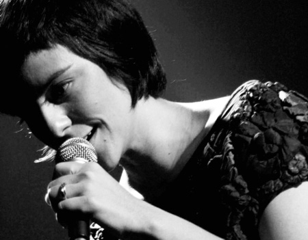 9- Fernanda Takai – anoréxica musical