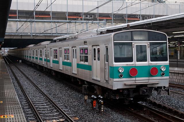 EF64-1032牽引 203系マト58編成疎開回送