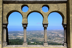 Double Circle and Triple Arch-frame on Sintra Landscape (mikel.hendriks) Tags: portugal circle landscape triptych view circles sintra 19thcentury palace unescoworldheritagesite explore seethrough uitzicht portuguese atlanticocean nationalmonument sevenwonders landschap paleis romanticism portugese romantiek romantisch nationaalmonument drieluik portugees triptiek penanationalpalace palcionacionaldapena atlantischeoceaan romanticist canoneos50d ilustrarportugal archframe topofahill unescowerelderfgoedlijst sigma1770mmf284dcmacrooshsm paleisvanpena 19deeeuwse zevenwonderen