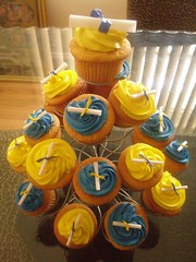 Graduation Cupcakes (Oh, Sugar! (Destini Hinkle)) Tags: dessert cupcakes diploma sweet graduation decorated destini ohsugar cakesbydestini