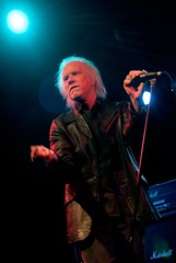 RADIO BIRDMAN at The El Rey, June 20th (Mark Berry - Photographer & Graphic Designer) Tags: california uk music rock bristol photography la us photo losangeles nikon punk photographer designer availablelight live famous australian australia personality photograph cult writer d200 infamous based 800asa radiobirdman fanculture markberry 2007tour theelray hotcherry cultpersonalities estoreric wwwhotcherrycouk