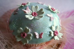 a fairy cake ({zalita}) Tags: africa pink flowers original copyright white cute vintage southafrica fun photography cupcakes yummy pretty artist lace unique gorgeous south events cream marshmallows yumm couture marshmellows whimsical durban motala bespoke fondant cuppies lindt mmf westville shabbychic suidafrika proudlysouthafrican gtaggroup zahirah eyecandyart zalita cupcakedlights zahirahmotala couturecupcakes ggolden wwwcupcakedlightsblogspotcom bridalcakes cupcakesa wwwcupcakedlightsblogpsotcom zmotala candytables zmotz1gmailcom