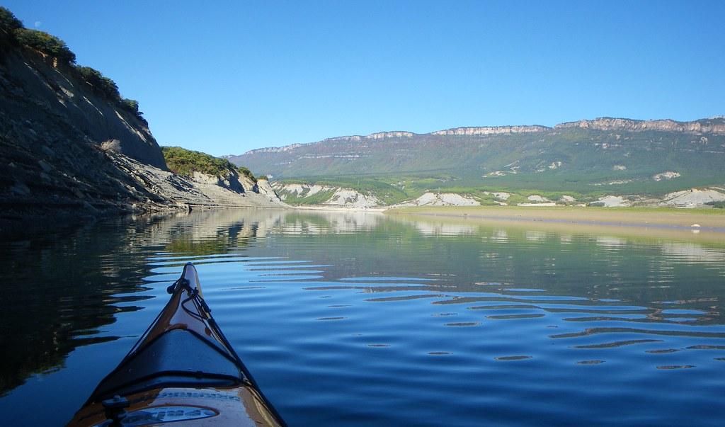 Pantano de Yesa en kayak 010