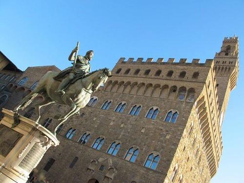 Palacio Vecchio y Cosme de Medicis