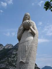 Stone statue (Bluecherry1408) Tags: statue stone geotagged bluesky stein lagodigarda gardasee pregasina