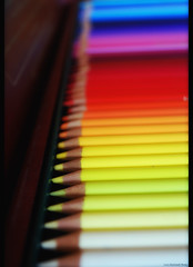 colors (Lù *) Tags: blue red color macro colors yellow pencil nikon colorful dof 1855 colori faber matite colorati d60 pastelli nikond60 nikon1855