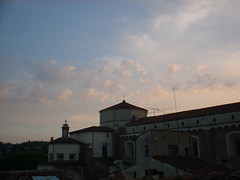 DSCF0164 (lilbuttz) Tags: sunset italy clouds florence helensbirthday helensapartment exactlocationunknown accentflorencespring2002