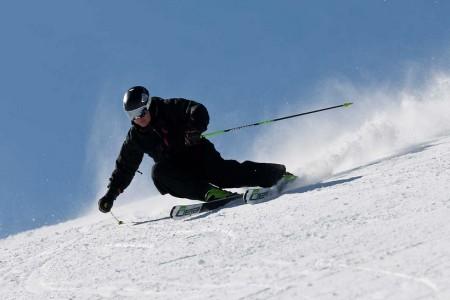 Otestujte nejnovější lyže na ledovci